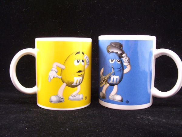 Blue and Yellow M and M Candy 2 MUG Lot MN