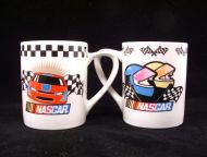 2002 NASCAR Racing 2 Mug Lot Helmets Car Checkered Flag